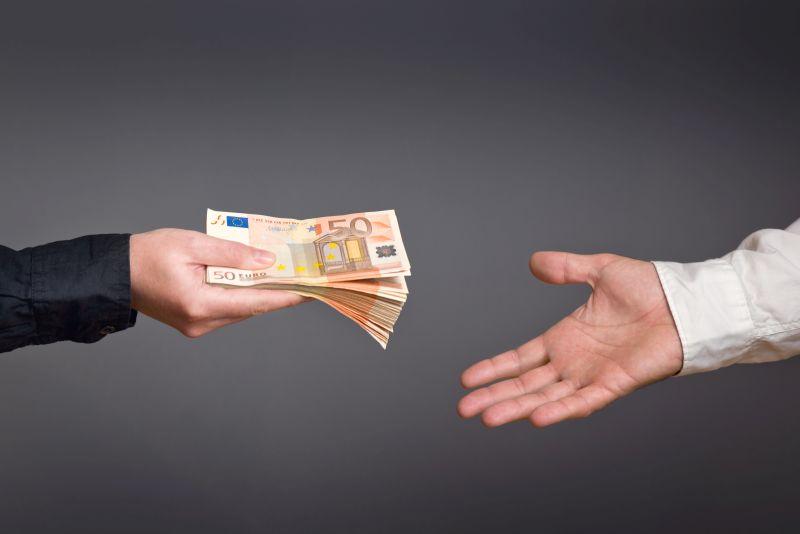 Długi czy krótki okres spłaty pożyczki - zobacz co wybrać