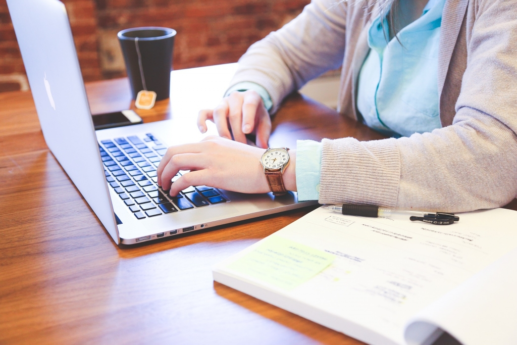 Przelew na złe konto – jak odzyskać płatność za pożyczkę?